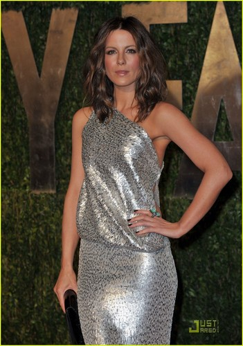 Kate @ 2010 Vanity Fair Oscar Party