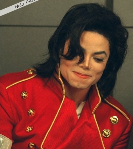 MICHAEL JACKSON ALL THE WAY!! FOREVER IN MY tim, trái tim :D