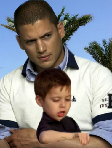 Michael Scofield and MJ on the bờ biển, bãi biển