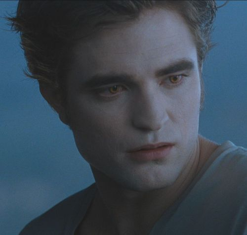 Robert Pattinson Eclipse Trailer Screencaps in HQ