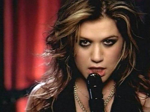 Kelly Clarkson-Since u been gone