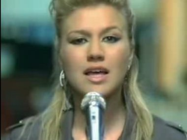 kelly clarkson-walk away