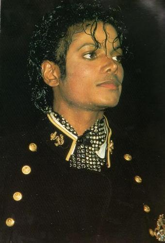 Michael jackson is the best :) <3