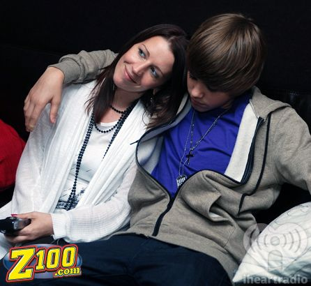 justin whit his mom