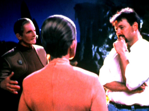 Jonathan Frakes directing DS9