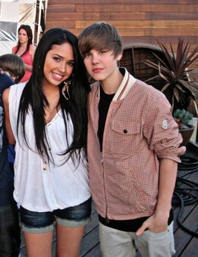 "Justin Bieber & Jasmine on the set of the ""eenie meenie"" music video"