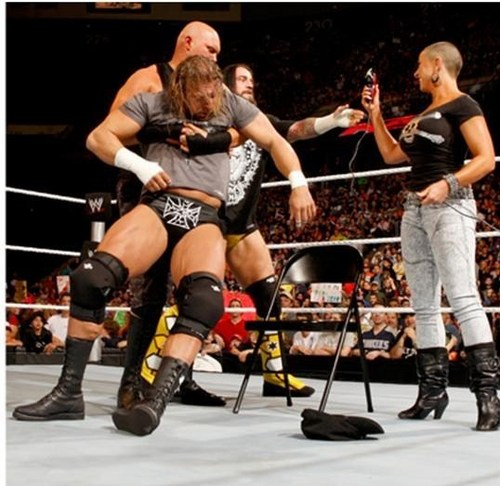 WWE RAW 19th of April 2010