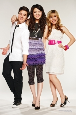 icarly>Season 3 > Promotional Photoshoot