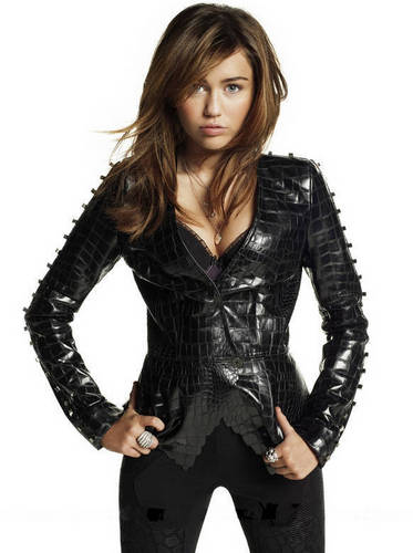 Miley Cyrus New Elle Photoshoot High Quality and Untagged Photos