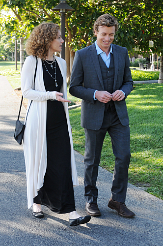 The Mentalist 2.22 - Red Letter, promotional foto's