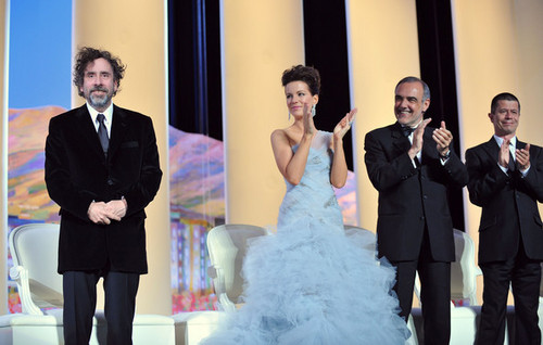 Tim aparejo, burton @ the Premiere of 'Robin Hood' @ the 63rd Cannes Film Festival