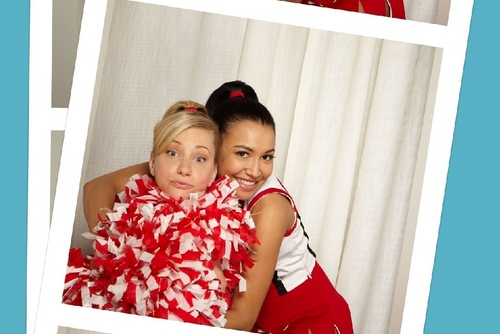 Brittany and Santana - fox Photobooth