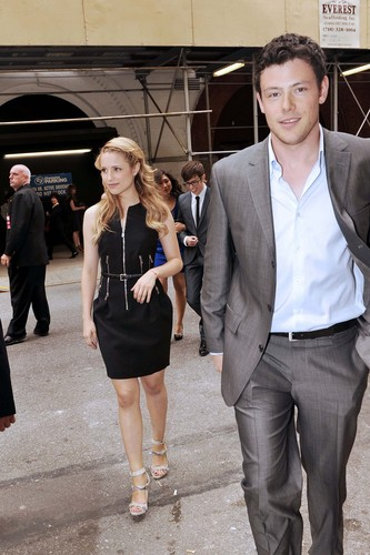 Cory/Dianna - May 17 - Arriving at the 2010 শিয়াল Upfront