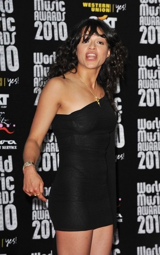 Michelle hosting World Music Awards in Monaco (May 18,2010)