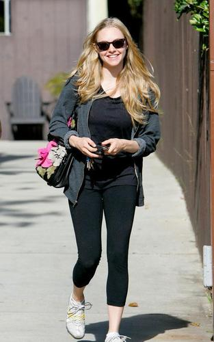 Amanda Seyfried was spotted leaving a workout facility in Hollywood, CA on Tuesday (May 25).