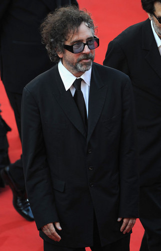 Tim 버튼, burton Arriving @ the Palme d'Or Award Closing Ceremony @ the 63rd Cannes Film Festival