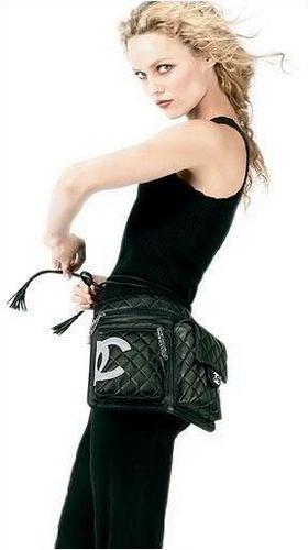 http://images2.fanpop.com/image/photos/13000000/Chanel-vanessa-paradis-13005394-280-500.jpg