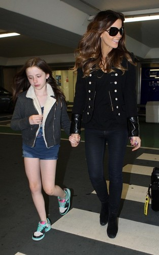 Kate @ Heathrow Airport