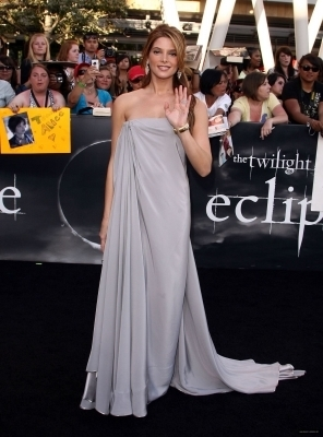 "Ashley @ the LA Premiere of ""Elipse"""