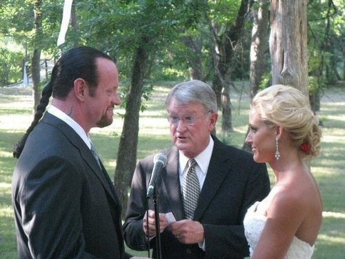 Undertaker and Michelle wedding foto