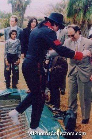 MJ without shoes ahah