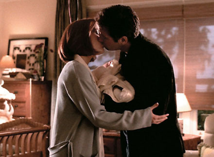 http://images2.fanpop.com/image/photos/13600000/The-X-Files-the-x-files-13610403-440-324.jpg