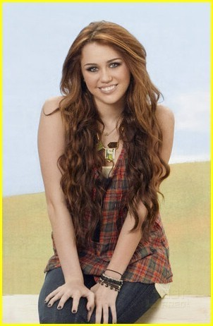New photos Hannah Montana Forever!