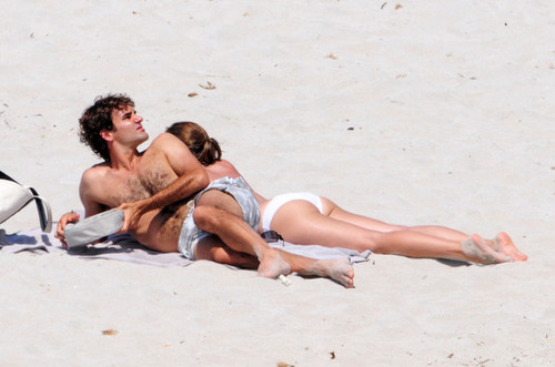 federer holiday