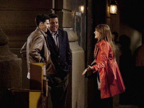 3x07 ~ New York, New York Photos