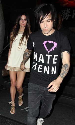 Ashlee Simpson and Pete Wentz out at Katsuya (July 19)