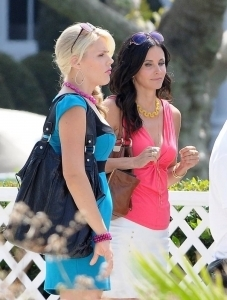 "Courteney on ""Cougar Town"" set"