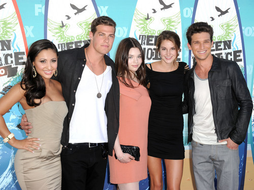 Secret Life Cast at the Teen Choice Awards