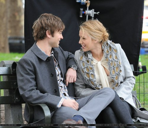 (MORE) blake & chace on set (october 14th)