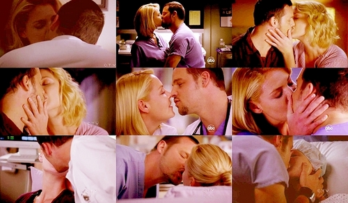 ALex and Izzie kisses