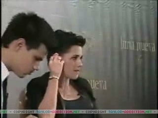 Captures from the Chat Interview, Kristen & Taylor