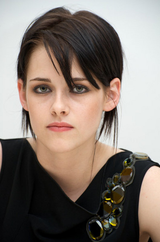 New pics with Kristen!