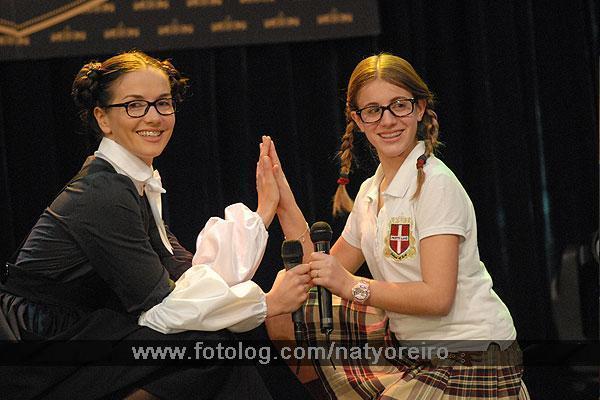 http://images2.fanpop.com/image/photos/8900000/patito-y-patricia-patito-feo-argentina-8951525-600-400.jpg