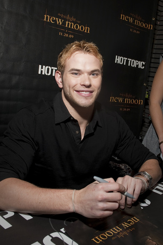 Kellan @ Boston