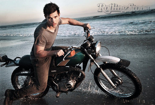 Even lebih Taylor Lautner for Rolling Stone