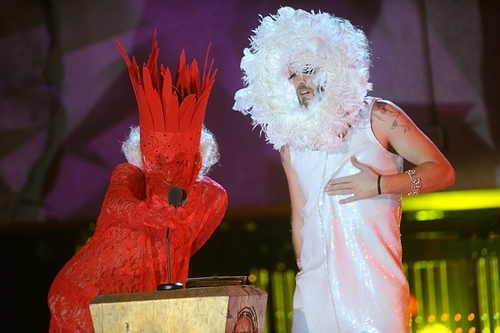 3OH!3 presents the Left Field Woodie dressed as Lady Gaga at the 2009 mtvU Woodie Awards.