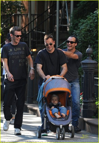Jude Law, Jonny Lee Miller with son Buster