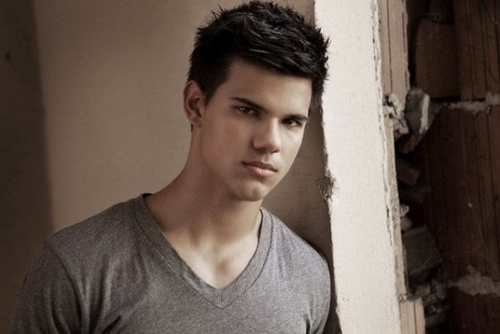 "Taylor Lautner ""Men Health Magazine"" New Outtakes"