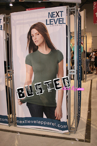 Ashley Greene as a model before 연기 in Twilight