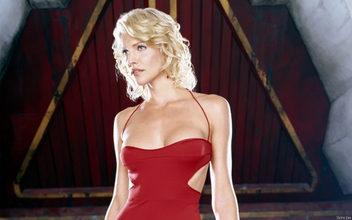 Tricia Helfer 'Battlestar Galactica' Widescreen Wallpaper