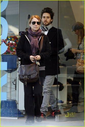 Jared Leto: Natale Eve with Constance!