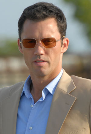 Michael Weston- Jeffrey Donovan