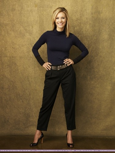 Charlotte- New Promotional Cast picha