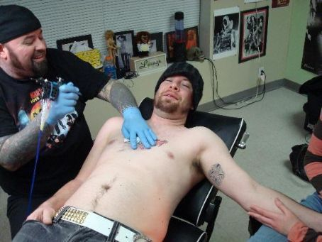 David Gets Tattoo