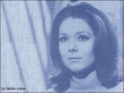 wallemmapeel blue (Emma Peel wallpaper)