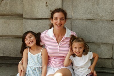 Lisa's sister and nieces